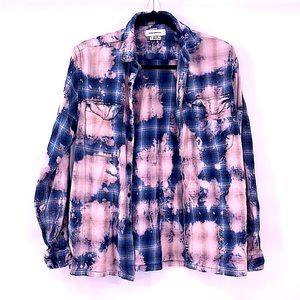 Urban Outfitters blue pink bleached flannel small
